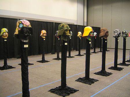 Выставка шлемов Дарта Вейдера